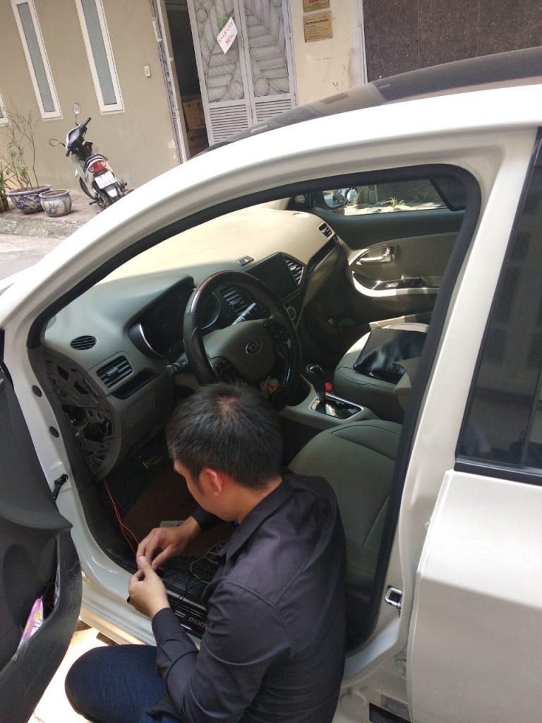 hình ảnh lắp định vị ô tô1